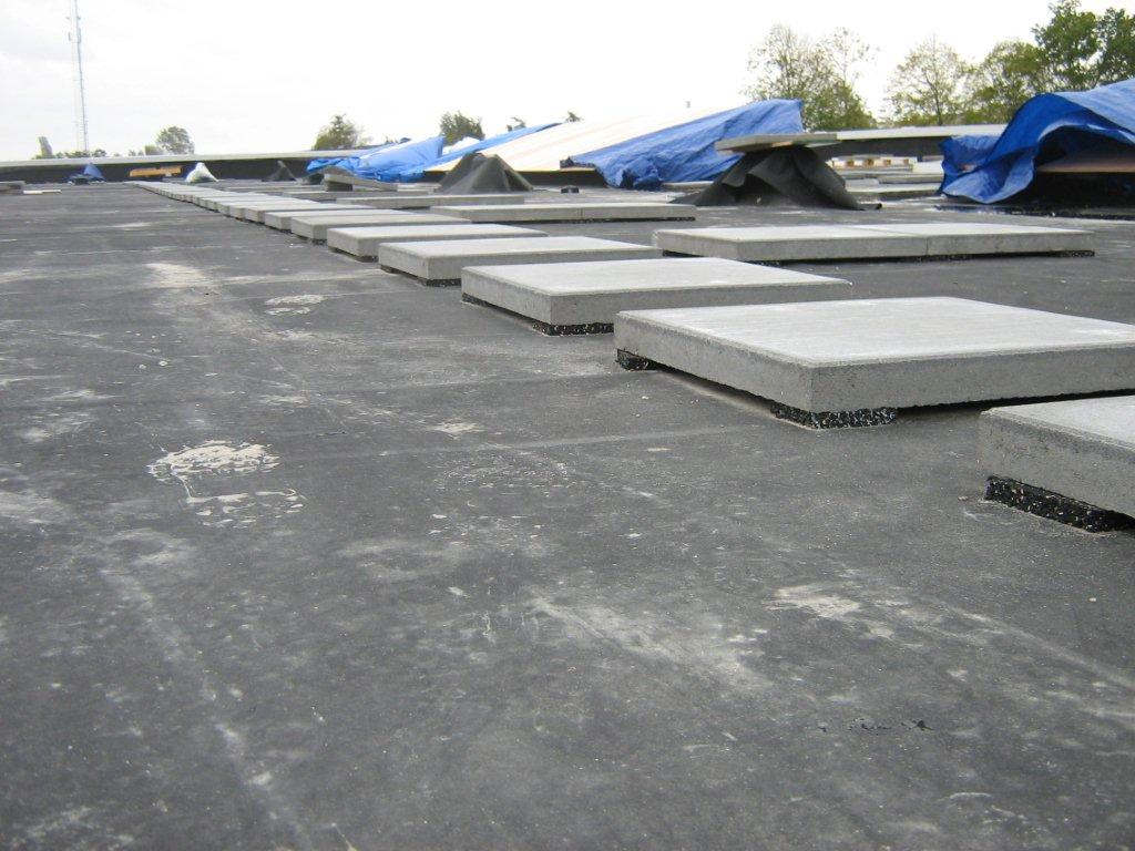 looppadden en windhoeken dakbestrating